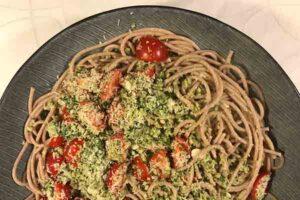 Opskrift på Pesto alla Trapanese med ingredienser fra SIKANI